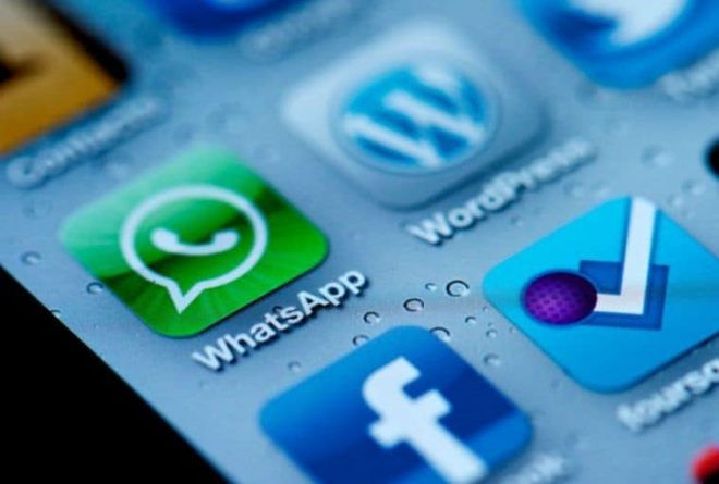 Social media Apps tackling fake news