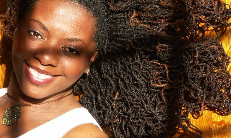 The politics of negro gals' hair