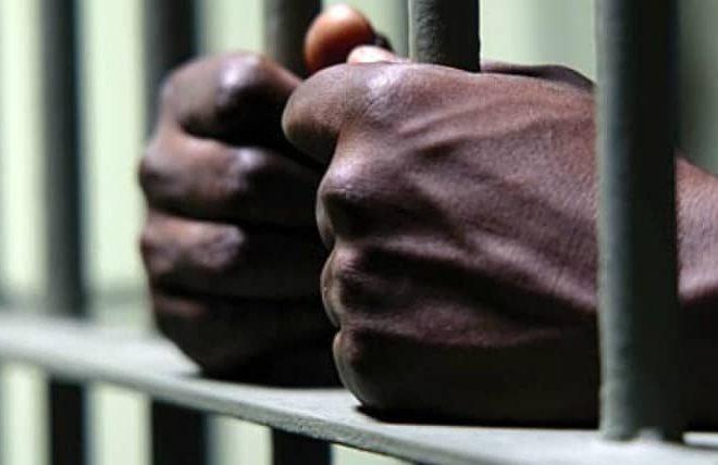 Zimbabwe prisoners forced to go naked