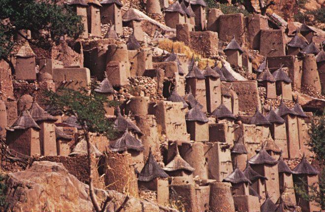 Mali's Sacred site: Cliff of Bandiagara