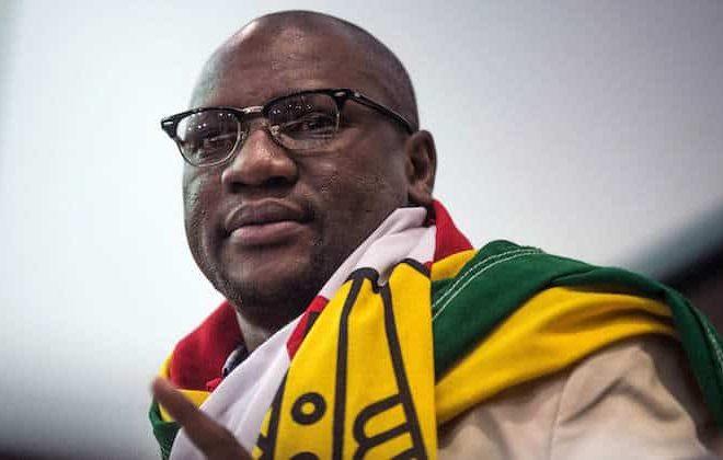 Zimbabwean government moots legislation to strangle social media use