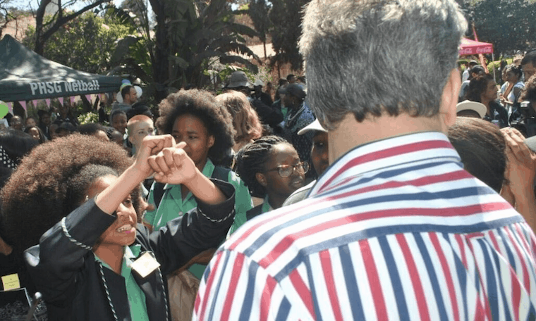"South Africa: Twitter reacts to Pretoria Girls High ""racist"" hair rules"