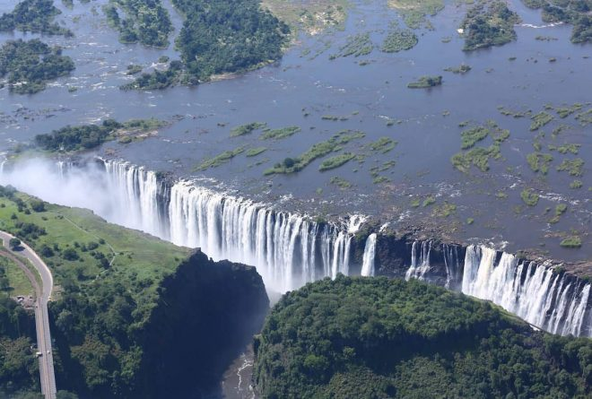 Zimbabwe's new travel regime allows visas on arrival for SADC members