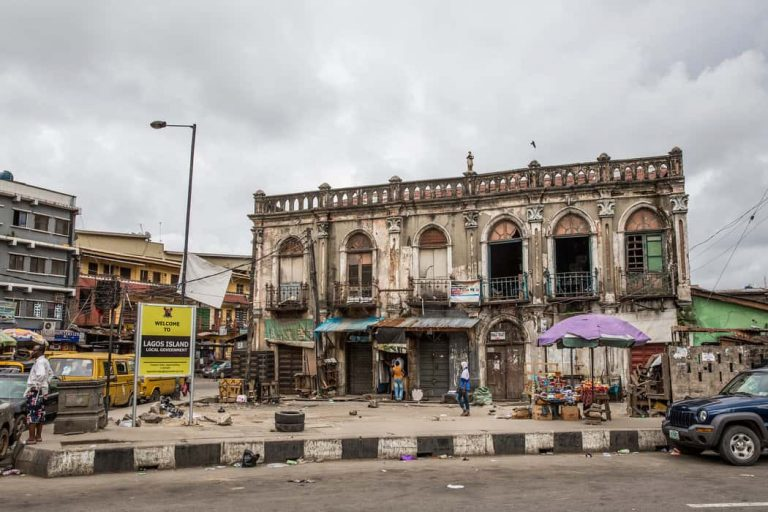Demolition Ilojo Bar