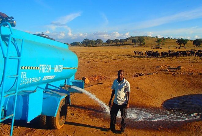 Kenyan man drives hours to deliver water to drought affected wildlife