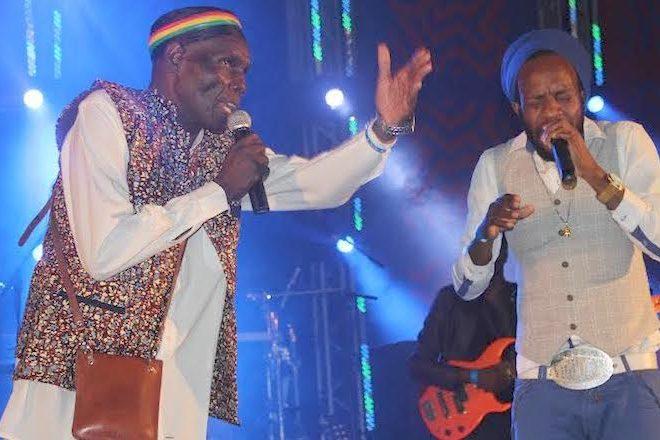 Legendary Zimbabwean artist Oliver Mtukudzi to perform on board fastjet's flight between Harare and Victoria Falls
