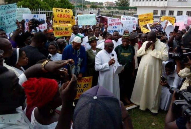 Nigerian Catholic Church leads protests against killings of priests and congregants