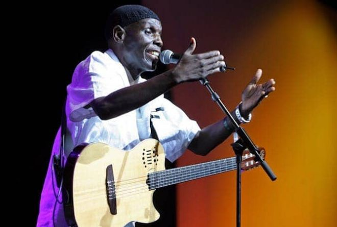 Tribute to Oliver Mtukudzi – Zimbabwe's 'man with the talking guitar'