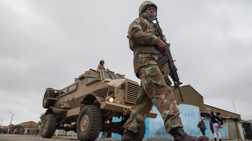South Africa: Cape Flats residents cheer arrival of army