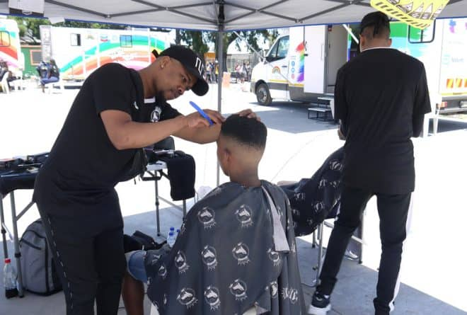 Tackling HIV: one haircut at a time