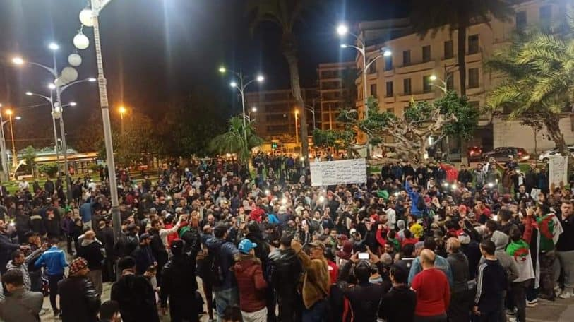 Algerians embark on vigil protesting against elections